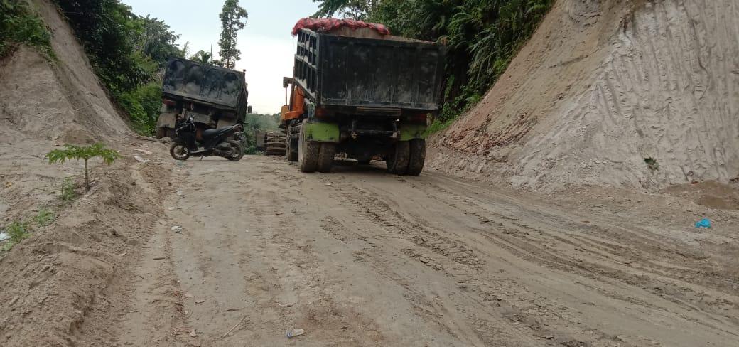 Luar Biasa! Berkat TMMD Kodim 0204/DS Jalan Desa Mabar Kini Sudah Bisa Dilalui Truk