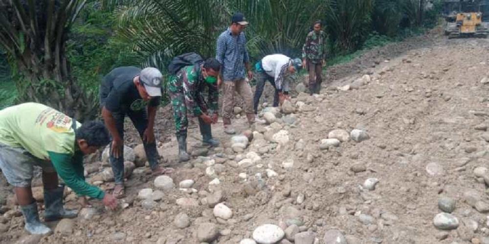 Semangat Gotong Royong TMMD ke-111 Kodim 0204/DS Harus Terus Dipelihara
