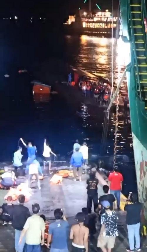Waduh!!! Kapal Motor Penumpang KMP Yunice Malam Ini Tenggelam di Gilimanuk