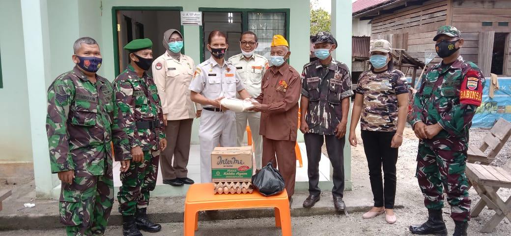 Para Veteran merasa bersyukur dapat bantuan tali asih dari Kababinminvetcaddam I/BB