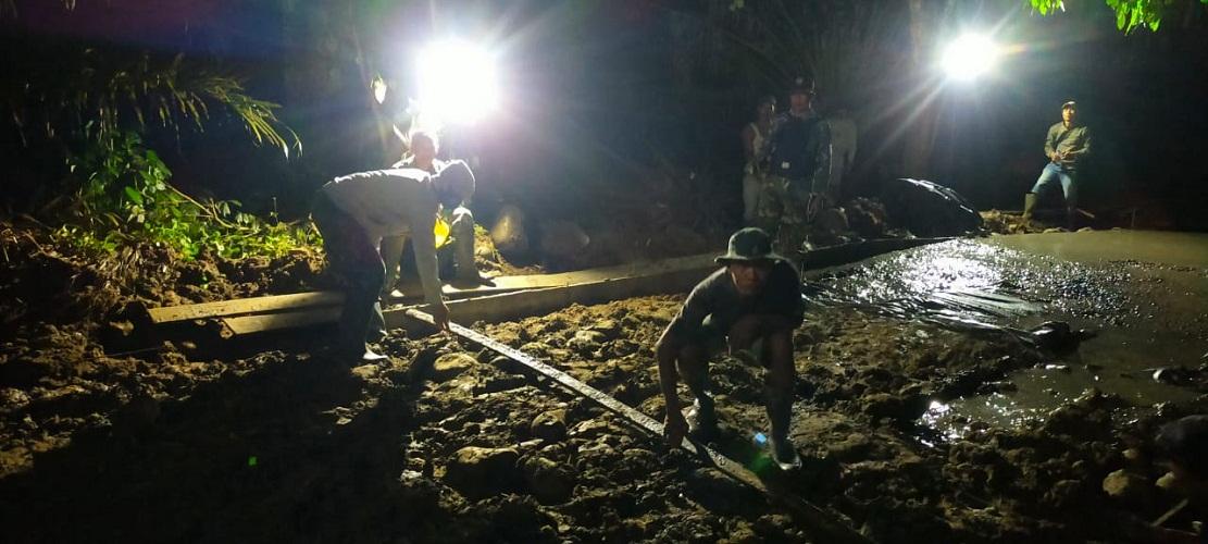 Siang Malam Dikebut, Progres Pembuatan Jalan Rigid Beton Terus Meningkat