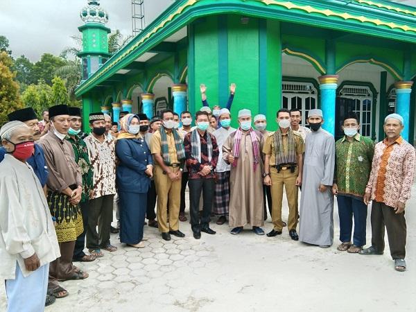 Bupati Rohil Bersama Wakil Bupati Rohil Meresmikan Pembangunan Menara Masjid Al Muhajirin