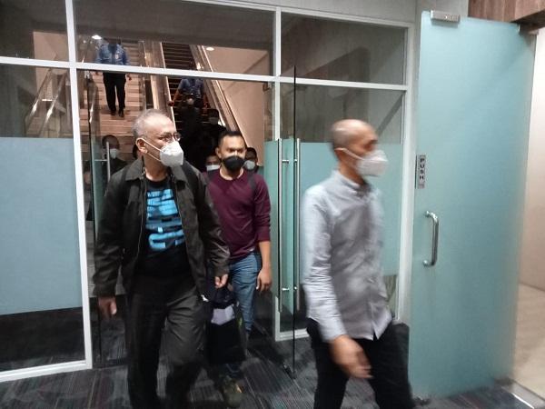Tim Pidsus dan Intelijen Kejari Langkat Tangkap Terduga Tersangka Korupsi di Bandara Kuala Namu