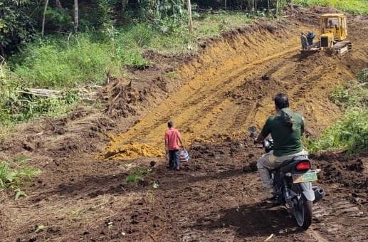 Jauh Dari Keluarganya, TNI Mewujudkan Kesejahteraan Desa di Kaki Bukit Barisan Pakpak Bharat